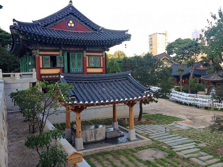 Tempio buddista di Bongeunsa