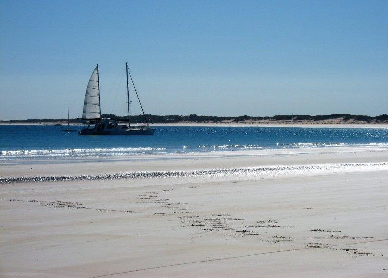 Le spiagge bianchissime nella costa della città di Broome